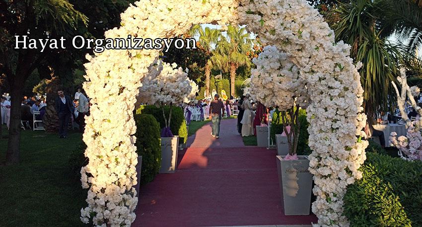 düğün giriş yolu