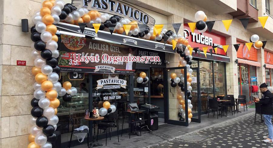 renkli balonlarla açılış organizasyonu